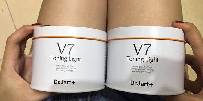7 cách nhận biết v7 toning light thật và giả