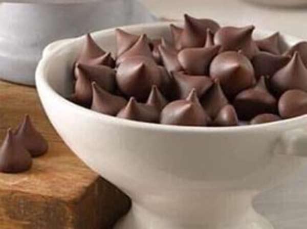 Mua chocolate kisses ở đâu uy tín, giá bao nhiêu là chuẩn