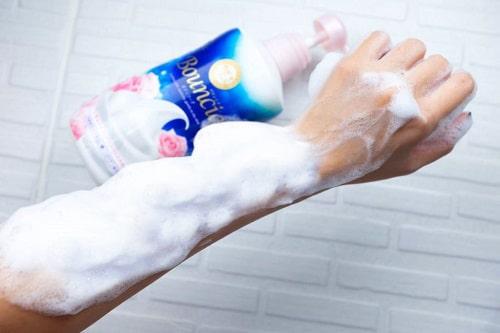 Sữa tắm Bouncia của Nhật có tốt không-1